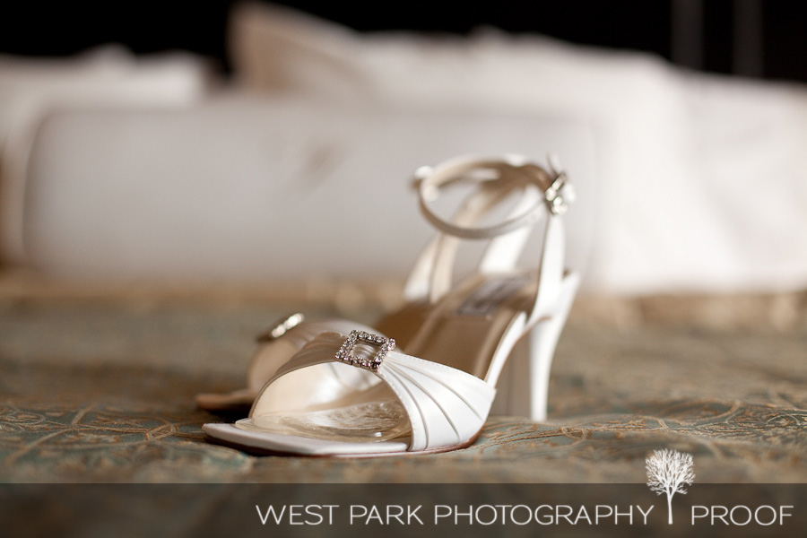 wed kelly eric4 Kelly & Eric at The Inn at St. Johns, Plymouth, MI | MI Wedding Photographers